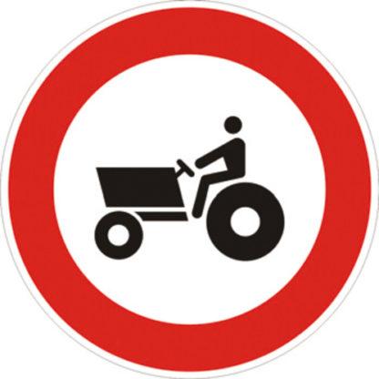 cartello transito vietato alle macchine agricole