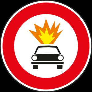 cartello divieto transito veicoli che trasportano esplosivi